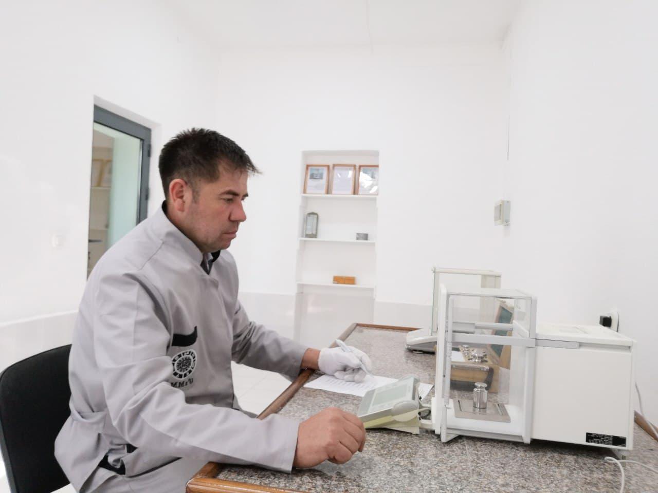 Навоий филиали томонидан калибрлаш лабораторияси аккредитациядан ўтказилмоқда